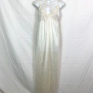 CYPRESS Ivory Vintage Long Nightgown Lace Trim  L